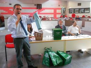 L'ing Zotti di AMA presenta la nuova raccolta differenziata per il VI Municipio